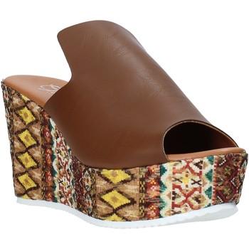 Boty Ženy Dřeváky Grace Shoes 11 Hnědý
