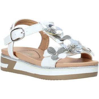 Boty Dívčí Sandály Miss Sixty S20-SMS781 Bílý