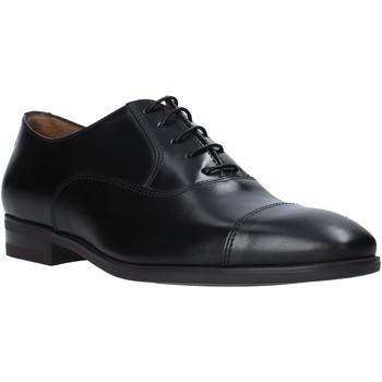 Boty Muži Šněrovací společenská obuv Maritan G 141130MG Černá