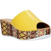 Boty Ženy Dřeváky Grace Shoes 10 Žlutá