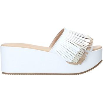 Boty Ženy Dřeváky Grace Shoes C21 Bílý