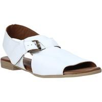 Boty Ženy Sandály Bueno Shoes 9L2700 Bílý