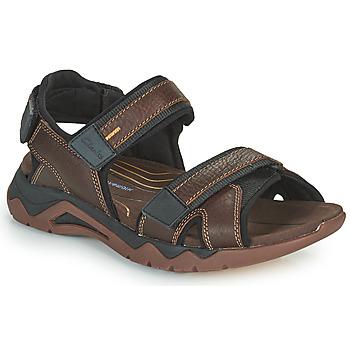 Boty Muži Sportovní sandály Clarks WAVE2.0 JAUNT Hnědá