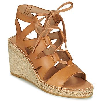 Boty Ženy Sandály Betty London OTANA Velbloudí hnědá