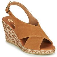 Boty Ženy Sandály Betty London OHINDRA Zlatohnědá