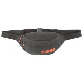Taška Ledvinky 4F Sports Bag černá