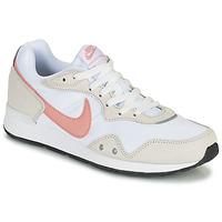 Boty Ženy Nízké tenisky Nike NIKE VENTURE RUNNER Bílá / Růžová