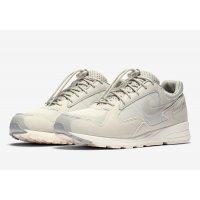 Boty Nízké tenisky Nike Air Skylon II x Fear Of God Light Bone Light Bone/Clear Reflect Silver-Sail