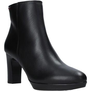 Boty Ženy Kotníkové boty CallagHan 27000 Černá