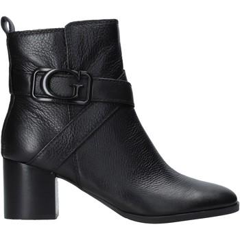 Guess Kotníkové boty FL8PAT LEA10 - Černá