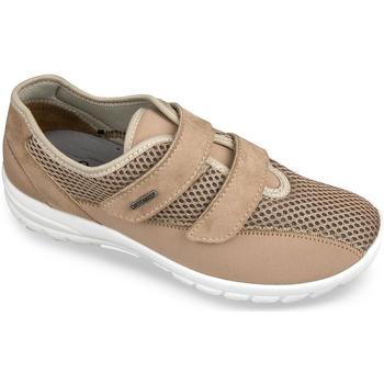 Boty Ženy Papuče Mjartan Dámske béžové topánky  JANA béžová