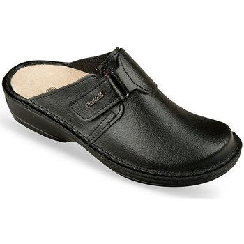 Boty Ženy Pantofle Mjartan Dámske čierne kožené šľapky  DORIA čierna