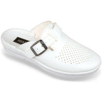 Boty Ženy Pantofle Mjartan Dámske biele papuče  ANDREJKA biela
