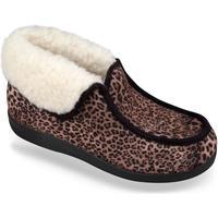 Boty Ženy Papuče Mjartan Dámske hnedé papuče  LENKA hnedá