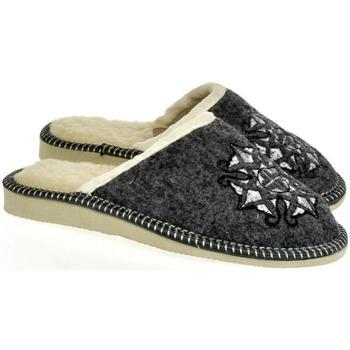 Boty Ženy Papuče John-C Dámske sivé papuče JELKA tmavosivá