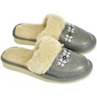 Boty Ženy Papuče John-C Dámske sivé papuče VLASTA sivá
