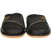 Boty Muži Papuče John-C Pánske čierno-sivé papuče VIPMEN čierna