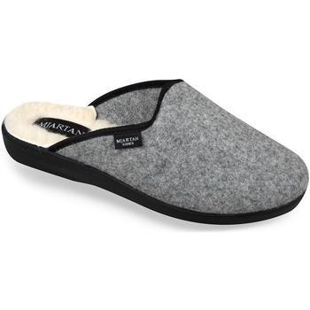 Boty Muži Papuče Mjartan Pánske sivé papuče  GABRIEL sivá
