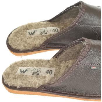 Boty Muži Papuče Just Mazzoni Pánske luxusné tmavohnedé kožené papuče PATRIK hnedá