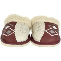 Boty Ženy Papuče John-C Dámske bordové kožené papuče LIZA bordová
