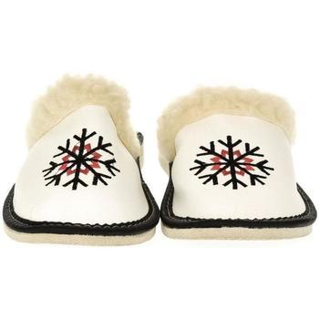 Boty Ženy Papuče John-C Dámske biele papuče NASTYA biela