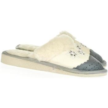 Boty Ženy Papuče John-C Dámske biele kožené papuče BERNADETA biela