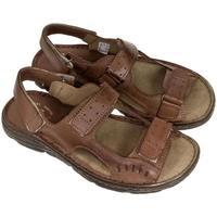 Boty Muži Sandály John-C Pánske hnedé sandále TISO hnedá
