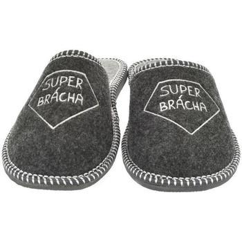 Boty Muži Papuče Bins Pánske sivé papuče SUPER BRÁCHA tmavosivá