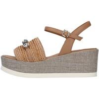 Boty Ženy Sandály Tres Jolie 2093/JIL/MS Béžová