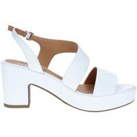 Boty Ženy Sandály Tres Jolie 2661/G60 Bílá