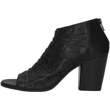 Boty Ženy Polokozačky Bueno Shoes 20WQ2900 Černá
