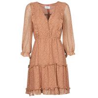 Textil Ženy Krátké šaty Betty London OBELLA Rezavá