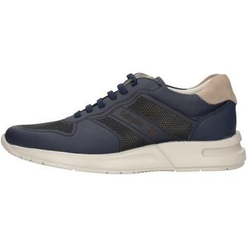 Boty Muži Nízké tenisky CallagHan 91314 Modrá