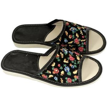 Boty Ženy Papuče John-C Dámske čierne papuče ELLA čierna