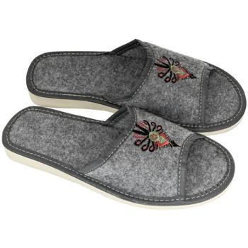 Boty Ženy Papuče John-C Dámske sivé papuče SIRA sivá