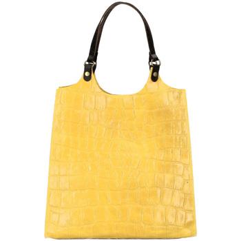 Taška Ženy Tašky přes rameno Borse In Pelle Kožená velká dámská kabelka Ginevra žlutá Žlutá