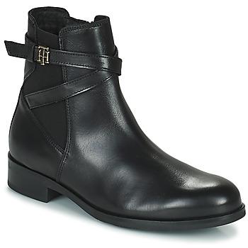 Boty Ženy Kotníkové boty Tommy Hilfiger TH HARDWARE ON BELT FLAT BOOT Černá