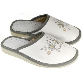 Boty Ženy Papuče John-C Dámske bielo-sivé papuče MALVINA sivá