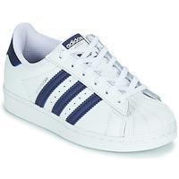 Boty Děti Nízké tenisky adidas Originals SUPERSTAR C Bílá / Modrá