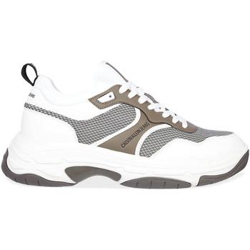 Boty Muži Nízké tenisky Calvin Klein Jeans YM0YM00048 Bílý