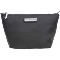 Taška Ženy Toaletní kufříky Calvin Klein Jeans dámská kosmetická taška K60K607179 BAX Ck black Černá