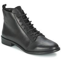 Kotníkové boty Betty London MUSA