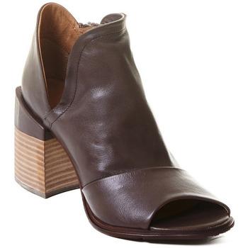 Boty Ženy Polokozačky Rebecca White T0504  Rebecca White  D??msk?? kotn??kov?? boty z telec?? k??e v k??vo