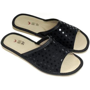 Boty Ženy Papuče John-C Dámske luxusné kožené tmavomodré papuče MATILDA tmavomodrá