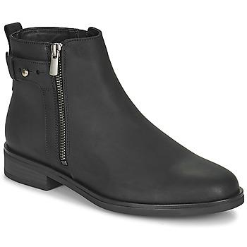 Boty Ženy Kotníkové boty Clarks MEMI LO Černá