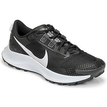 Boty Muži Běžecké / Krosové boty Nike NIKE PEGASUS TRAIL 3 Černá / Stříbřitá