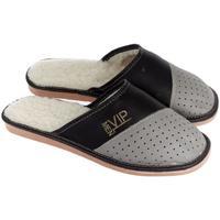 Boty Muži Papuče John-C Pánske kožené sivo-čierne papuče VIPMEN sivá