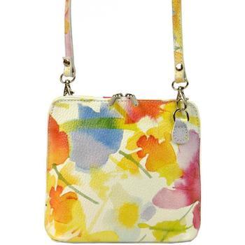 Taška Ženy Kabelky  Vera Pelle Kožená malá dámská crossbody kabelka s motivem květů žlutá Žlutá