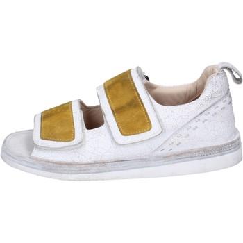 Boty Ženy Sandály Moma BH312 Bílý