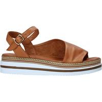 Boty Ženy Sandály Bueno Shoes 21WS4203 Hnědý